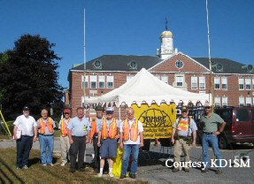 Nashoba Valley ARC assists with Townsend Anniversary Parade '07